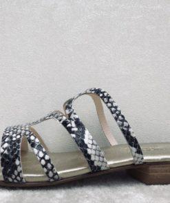 Nu-pieds en imprimé python. MAISON VIA ROMA.