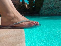 Claquette de plage waterproof Swarovski by MAISON VIA ROMA.