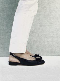 Ballerine ouverte en sandale avec noeud en gros grain et talon 2 cm. MAISON VIA ROMA.