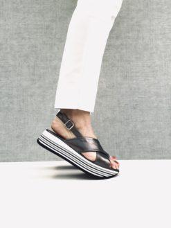 Nu-pieds effet basket ultra confortable. MAISON VIA ROMA.