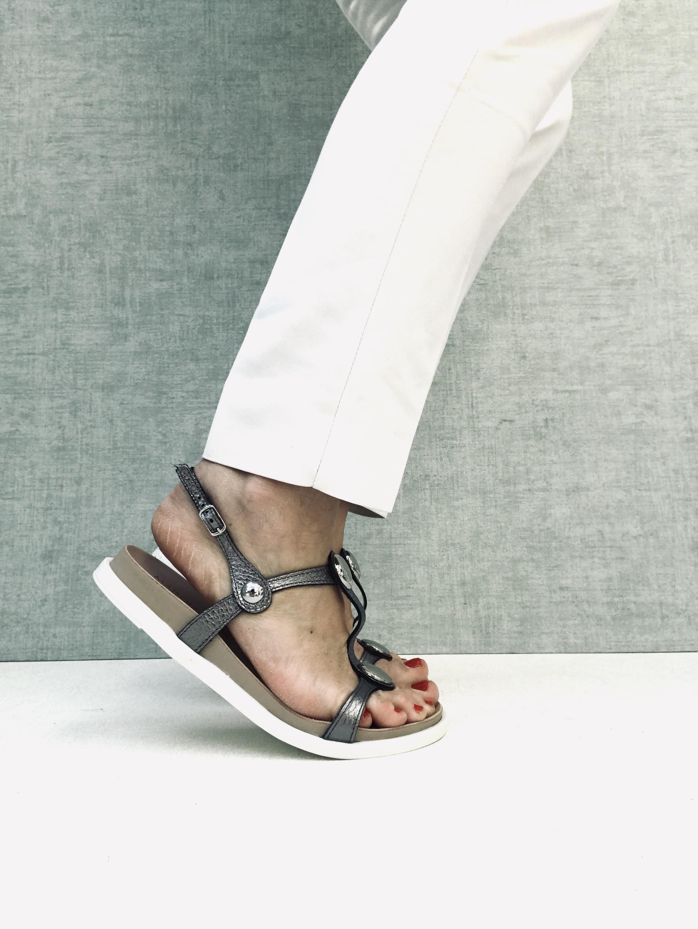 Nu-pieds et Claquettes