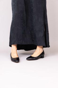 Ballerine à talon 3 cm en cuir de veau noir MAISON VIA ROMA.