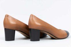 Escarpin bicolore à talon en cuir résistant à la pluie. MAISON VIA ROMA
